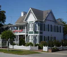 """""""The Christmas House"""" in Southport, NC"""