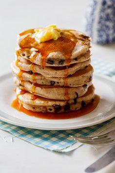 Hot cross bun pancakes - Simply Delicious. Easter | Easter brunch | Recipe | Easy recipe | Pancakes | Hot cross buns | Easy pancake recipe | Breakfast | Brunch | Family | Delicious | Tasty | Recipe video | Video