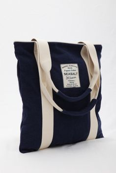 Seasalt Cornwall organic canvas bag in French Navy.