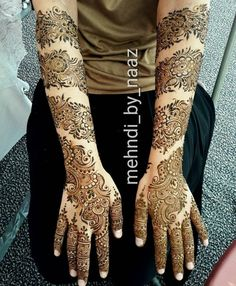 No photo description available. Mehndi Designs Book, Modern Mehndi Designs, Mehndi Design Pictures, Mehndi Designs For Girls, Wedding Mehndi Designs, Mehndi Designs For Fingers, Beautiful Mehndi Design, Dulhan Mehndi Designs, Latest Mehndi Designs
