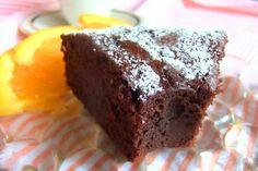 Porque el chocolate es un placer y es capaz de producir en nosotros un estado de bienestar y felicidad, vaya aquí esta receta de tarta de chocolate 'cheer