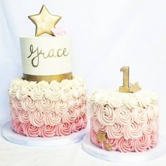 Twinkle Twinkle Little Star birthday cake and matching smash cake ⭐⭐⭐ I free handed the gold lettering ♀️ #mysugarrush