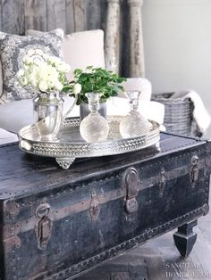 Enthusiastic unearthed shabby chic home design find more inf.- Enthusiastic unearthed shabby chic home design find more information - Shabby Chic Style, Shabby Chic Homes, Shabby Chic Decor, Vintage Home Decor, Diy Home Decor, Room Decor, Vintage Clocks, Farmhouse Style Coffee Table, Country Farmhouse Decor
