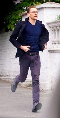 Tom Run,Running Tom Hiddleston