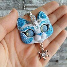 Frozen kitty cat polymer clay ooak snowflake pendant by FleurDeLapin