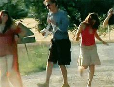 Dancing Tom Hiddleston.