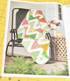 Such an inviting Briar Patch quilt with a nice spring color palette and lovely rose floral patterns. Featured in Summer 2014 Easy Quilts.