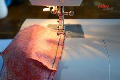 FOTOPOSTUP: Jak ušít pohodlnou roušku – Príma receptář.cz Sewing Hacks, Sewing Crafts, Sewing Projects, Crochet Mask, Diy Gift Box, Purple Fabric, Diy Home Crafts, Diy Mask, Sewing Techniques