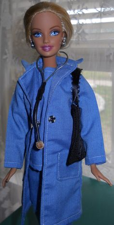 Handmade Barbie Medical scrubs with lab coat by AuntieLousCrafts, $10.00