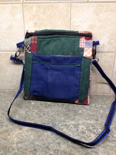 Jan 2015 - Green crossbody (2 zipper) bag to match tote-bag that I created pattern and sew for Anna as a gift -several pockets and zippers,