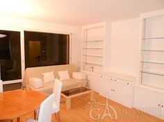 Cozy well-furnished Paris studio apartment at Rue de Longchamp in the 16th district