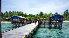 the Island that should be visited in Raja Ampat- Arborek Island