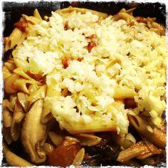 Quinoa and corn penne, tomatoes, shiitake mushroom and onion pasta.