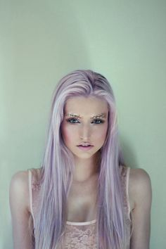 I really really really want to dye my hair this color