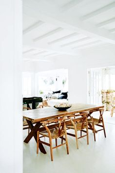 House tour: a cost-conscious and unfussy holiday home in Sydney's Palm Beach - Vogue Australia