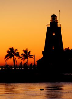 Lighthouse sunset at Marathon, Florida