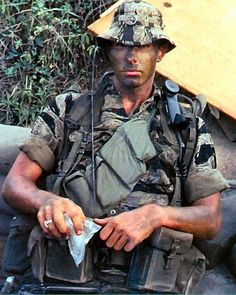 LRRP (Long Range Reconaissance Patrol and Long Range Surveillance) - Vietnam