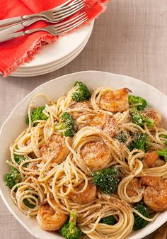 Spaghetti with Garlic-Shrimp & Broccoli — Accept oohs and ahhs when your family tastes this garlicky shrimp and broccoli pasta recipe—and all for just 20 minutes in the kitchen.