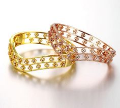 Rose Gold/18k Gold Plated Waved Bangle With Cubic Zirconia