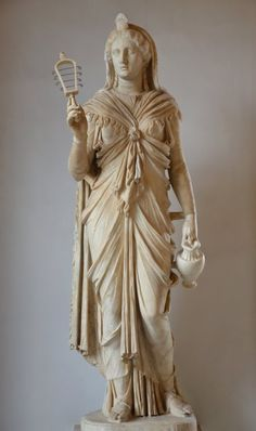 lionofchaeronea:A marble statue of the goddess Isis, holding her characteristic instrument, the sistrum (rattle). Found at Hadrian's Villa; now in the Capitoline Museum, Rome. Ancient Egyptian Religion, Ancient Rome, Ancient Greece, Ancient Art, Ancient History, Ancient Egyptian Statues, Isis Goddess, Egyptian Goddess, Egyptian Mythology