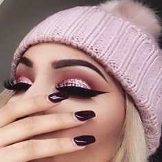 This is too gorgeous...pink fall/ winter look ⛄️ @makeupbyalinna #pink #winter #fall #look #makeup #inspo #beauty #pick6deals  SHOP AT - http://www.pick6deals.com/
