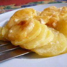 22 izgalmas krumpliköret a vasárnapi sült mellé | Nosalty Meat Recipes, Baked Potato, Macaroni And Cheese, Food And Drink, Potatoes, Baking, Ethnic Recipes, Mac And Cheese, Potato