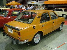 Škoda 105 Parking, Old Cars, Vintage Cars, Trucks, Girls, Design, Crazy Cars, Garage, Classic Cars