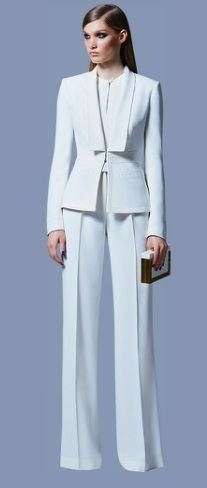 Just looking at the white colour outfit makes you feel happy. I really like the cut of this suit. Fitted well and also I like the jacket design. The button and the slight cut under shirt is also simple and gives it a complete look. Elie Saab Ready to Wear Prefall 2013