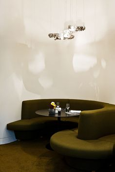 Restaurant Hotel Marignan Paris,, deco by Pierre Yovanovitch