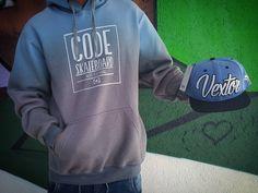 Instagram #skateboarding photo by @bonnieclydestore - Look of The day!  Moleta: Code skate bordo Boné: Vextor  Só chegar ;) . #streetwear #streetdisciples #streetculture #codeskateboard #Vextor #lookoftheday #bonnieclydestore #loja #carazinho #rua #cafe #graffiti #indep #breaklife #skate #skateboarding. Support your local skate shop: SkateboardCity.co