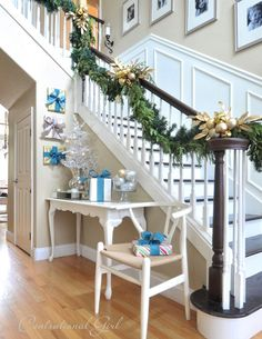 40 Gorgeous Christmas Banister Decorating Ideas - Christmas Celebration - All about Christmas Holidays And Events, Winter Holidays, Christmas Holidays, Christmas Decorations, Christmas Ideas, Christmas Crafts, Real Christmas Tree, Christmas And New Year, All Things Christmas