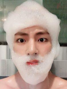 """You're not my best friend"" -------------------------------------------- Kim Seokjin - Min Yoongi - Jung Hoseok - Kim Namjoon - Park Jimin and last but not lea. Bts Taehyung, Jhope, Jimin, Bts Bangtan Boy, Namjoon, Kim Taehyung Funny, Taehyung Smile, Rap Monster, Foto Bts"