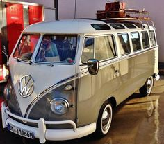 Kombi Interior Kombi, Volkswagen, Vw T1, Van, My Style, Vehicles, Camper, Luxury, Cars
