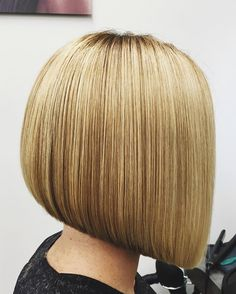 """Gefällt 108 Mal, 11 Kommentare - Sasho Kremich (@sashokremich) auf Instagram: """"#graduatedbob by #sashokremich at#trevorsorbierichmond • #hairbrained #hairdresserlife #bangstyle"""""""