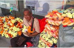 People Are Gathering To Buy This Cancer Patient's Toys After He Was Let Down By A Buyer