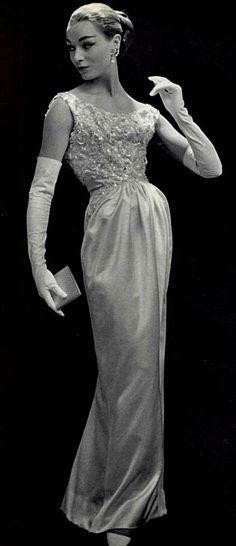 1956 Jean Patou