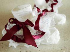 Burgundy beads bow baby//girls frilly socks various sizes