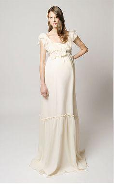 Chic maternity wedding dress...