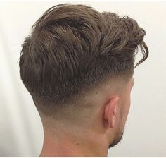 Keep calm and your hair in check with these heroes Are you having 'a good hair day'? Hairstyles Haircuts, Haircuts For Men, Hair And Beard Styles, Curly Hair Styles, Gents Hair Style, Hair Cutting Techniques, Faded Hair, Fade Haircut, Hair Cuts
