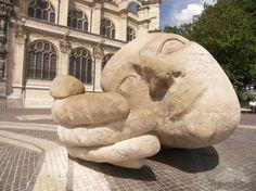 Big Head & Hand in Front of st. Eustache