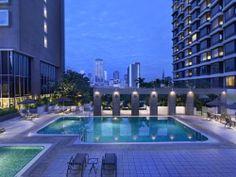 Nice Hotel in Singapore, Carlton Hotel Singapore Go Guide, Singapore City, Carlton Hotel, Rooftop Terrace, Beach Pool, Cool Pools, Honeymoon Destinations, Best Hotels, Trinidad