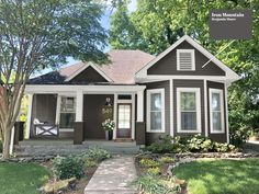 iron mountain house black trim - Google Search Exterior House Colors Combinations, Exterior Paint Colors For House, Paint Colors For Home, Black Exterior, Exterior Design, Exterior Homes, Cute Small Houses, House Columns, Small Bungalow