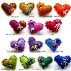 little felt hearts by Pavoreal