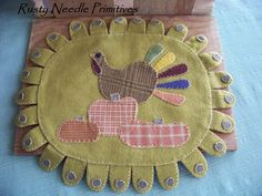 Wool Turkey Penny Rug by RustyNeedlePrimitive on Etsy, $16.00  Pattern by Country Stitches