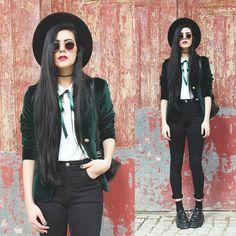 Holynights Claudia - Vintage Green Velvet Blazer, Creepers - Green velvet