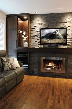 Armoires Design Plus - Modern Home Fireplace, Fireplace Remodel, Living Room With Fireplace, Fireplace Surrounds, Fireplace Design, Living Room Decor, Fireplace Tiles, Modern Fireplace, Living Rooms