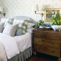 Learn easy decorating tips and tricks to incorporate into your home. (Photo By- Nine and Sixteen)
