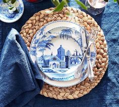 Pottery Barn Round Water Hyacinth Placemat, Set of 4 Pottery Barn, Patriotic Decorations, Table Decorations, Dresser La Table, Azul Indigo, Mood Indigo, Water Hyacinth, Easter Table, Easter Party