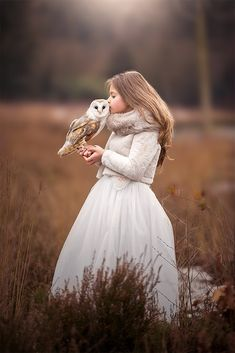 """Child fashion 739997782507279050 - pose ideas for kids and toddlers """"LOVE"""" – Winner and Finalists, January 2017 ~ Child Photo Competition Fantasy Photography, Photography Poses, Beautiful Owl, Beautiful Pictures, Foto Fantasy, Toddler Photography, Kid Cudi, Photography Competitions, Photo Competition"""