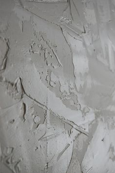 Drywall Using Joint Compound for a Stucco Wall Finish - Detailed Tutorial ~ Tip.have mud tinted to wall color Faux Walls, Stucco Walls, Textured Walls, Stucco Interior Walls, Wood Walls, Interior Paint, Drywall Texture, How To Texture Walls, Ceiling Texture